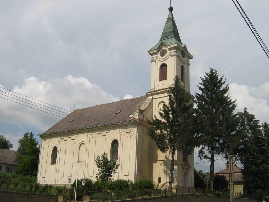felsonyek-reformatus-templom