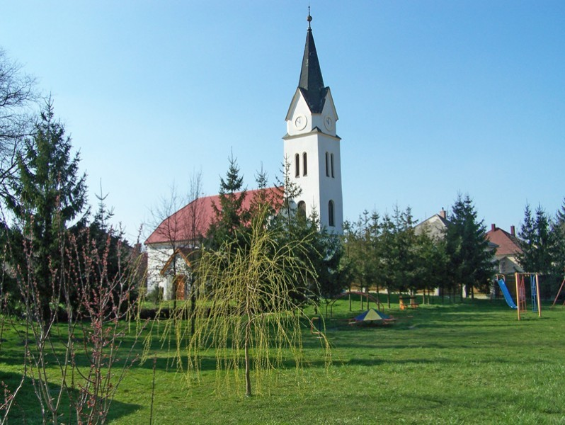 mor-reformatus-templom