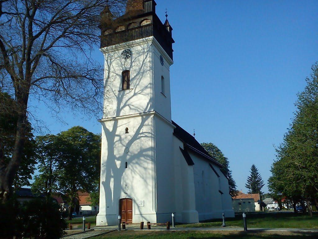 vaja-reformatus-templom